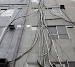 エアコン配管の写真がネットで話題に