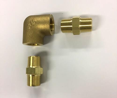 黄銅製継手 エルボと六角ニップルの接続